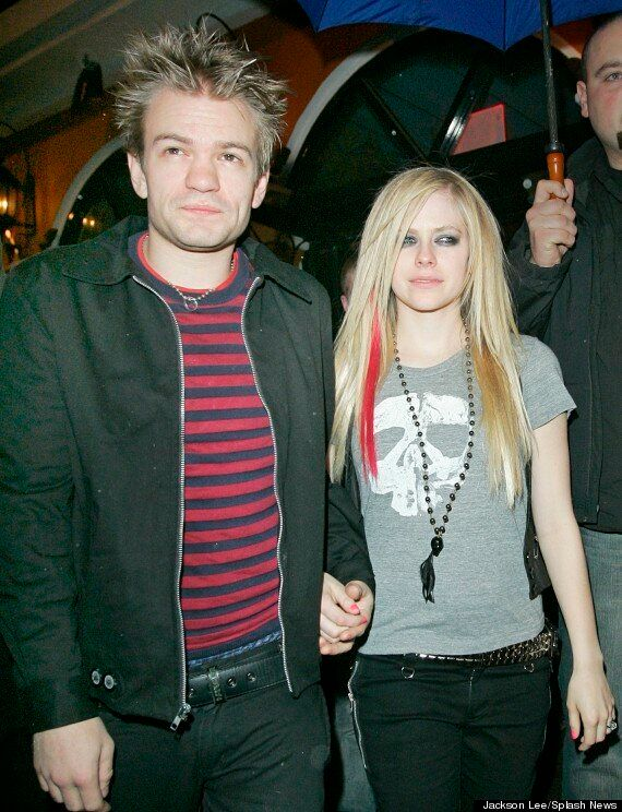 Deryck Whibley Receives Support From Ex-Wife Avril Lavigne On Twitter After Alcohol-Related Health