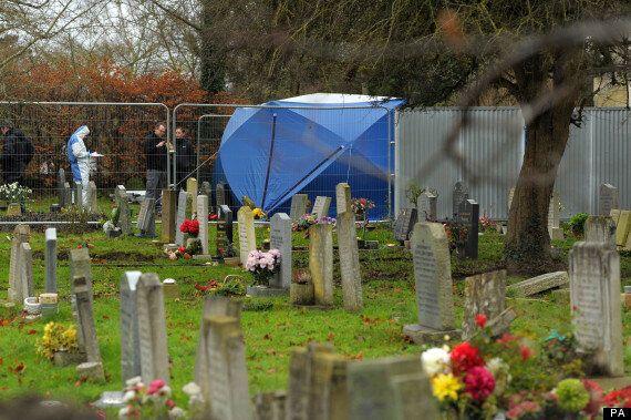 Jayden Parkinson Murder Detectives Find Body In A Grave In Didcot,