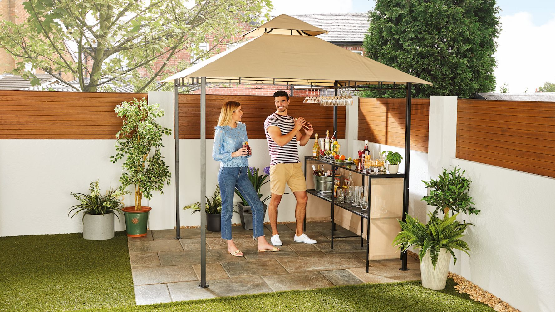 Determined To Bbq In The Rain Aldi Is Selling A Gazebo Bar Huffpost Uk Life