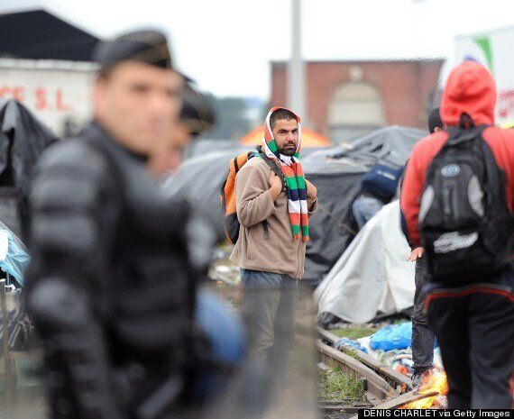 Calais Camp Migrants Evicted By Riot Police After Scabies Outbreak