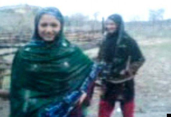 Pregnant Pakistani Woman Farzana Iqbal Stoned To Death In Family 'Honour Killing' (GRAPHIC
