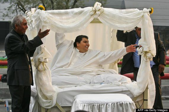 Manuel Uribe, Formerly World's Heaviest Man, Has Flatbed Truck Transport Body At Funeral (VIDEO AND