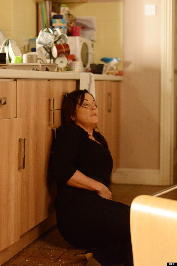 EastEnders Spoiler: Kat Moon Suffers Pregnancy Scare After Falling At Home Alone