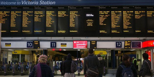 Romanian And Bulgarian Migrants Immediately Leave UK Due To High Rail