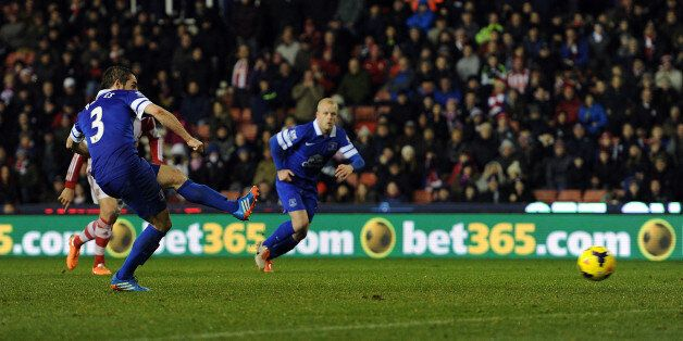 Baines equalises for Everton at