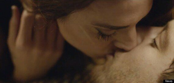 Matt Cardle And Melanie C Share A Steamy Kiss In Video For Their Duet 'Loving You' (VIDEO,