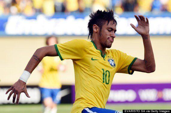Neymar Scores Fantastic Free-Kick In Brazil's 4-0 Win V Panama