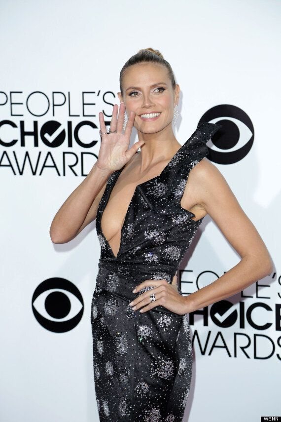 Heidi Klum Wows In Cleavage-Busting Dress At People's Choice Awards