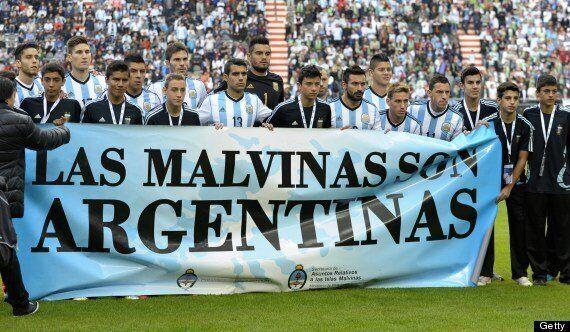 Argentina's Falklands Banner Threatens To Reignite England