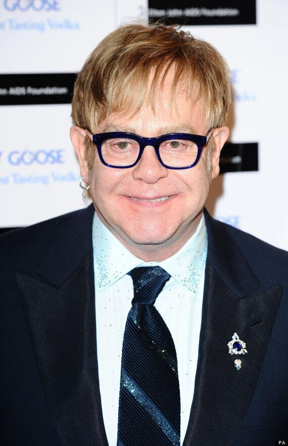 Elton John 'Recovering Well' After Appendix