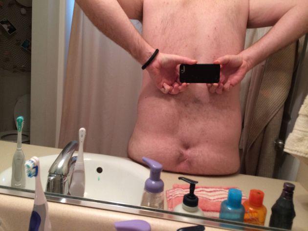 Man 'With No Bum Crack' Makes Debut On Reddit (NSFW