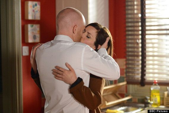 'EastEnders' Spoiler: Max Branning And DC Summerhayes Share A Kiss