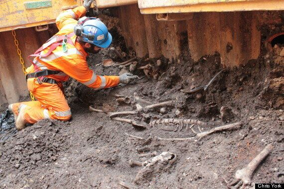 Bedlam Burial Site Uncovered By Crossrail Excavations Finds Skeletons And Roman