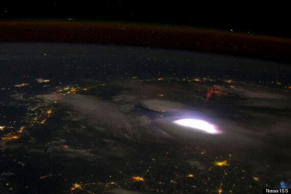 Sprite Lightning Caught On High-Speed Film Shows Mysterious Phenomena In Amazing Detail