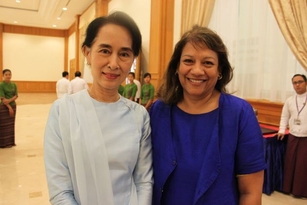 Daw Aung San Suu Kyi Meets With UK Parliamentary Speaker's Delegation in