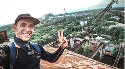 Selfie sorridenti a Chernobyl dopo il boom della serie. Il produttore: