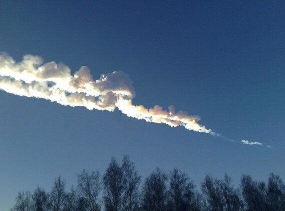 Russian Meteor In Chelyabinsk Emitted Dust Which Travelled A Long, Long Way