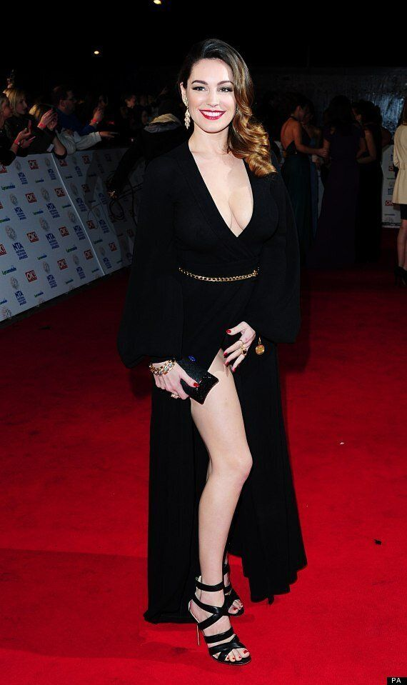 National Television Awards 2014: Kelly Brook Suffers Wardrobe Malfunction After Flashbulb Flash Exposes...
