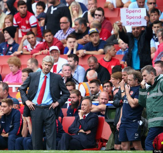 Arsenal Fans Say Arsène Wenger Should Not Be Offered New