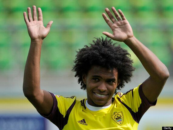 Tottenham Have Not Bid For Willian, Says André