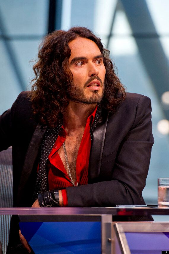 Russell Brand Fails To Charm US Chat Show Hostess Chelsea Handler, Who Calls Him 'Pain In The