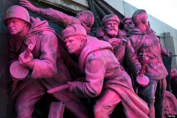 Soviet Army Statue In Bulgaria Painted Pink In Apology For Prague Spring