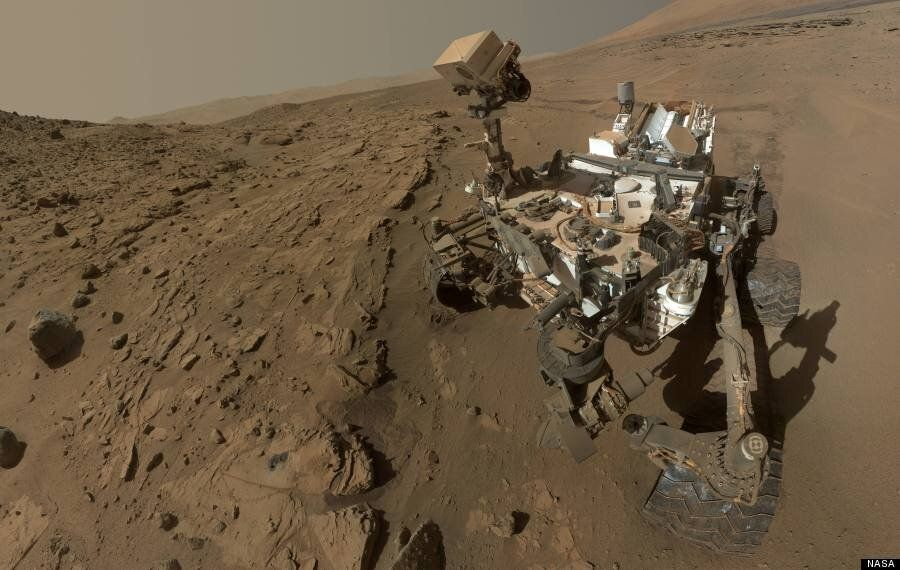 Mars Curiosity Rover Shows Its Age In Incredible New