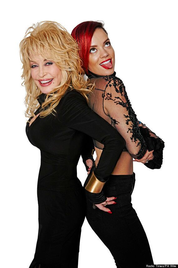 Glastonbury 2014: Dolly Parton Is Interviewed By Lily Allen Ahead Of Festival Appearance, Says 'I'll...