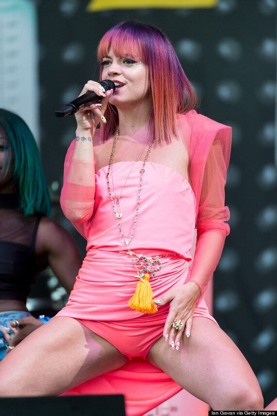 Glastonbury 2014: Lily Allen Hits Pyramid Stage, Performs 'Sheezus' Tracks For Festival Crowds And Rants...