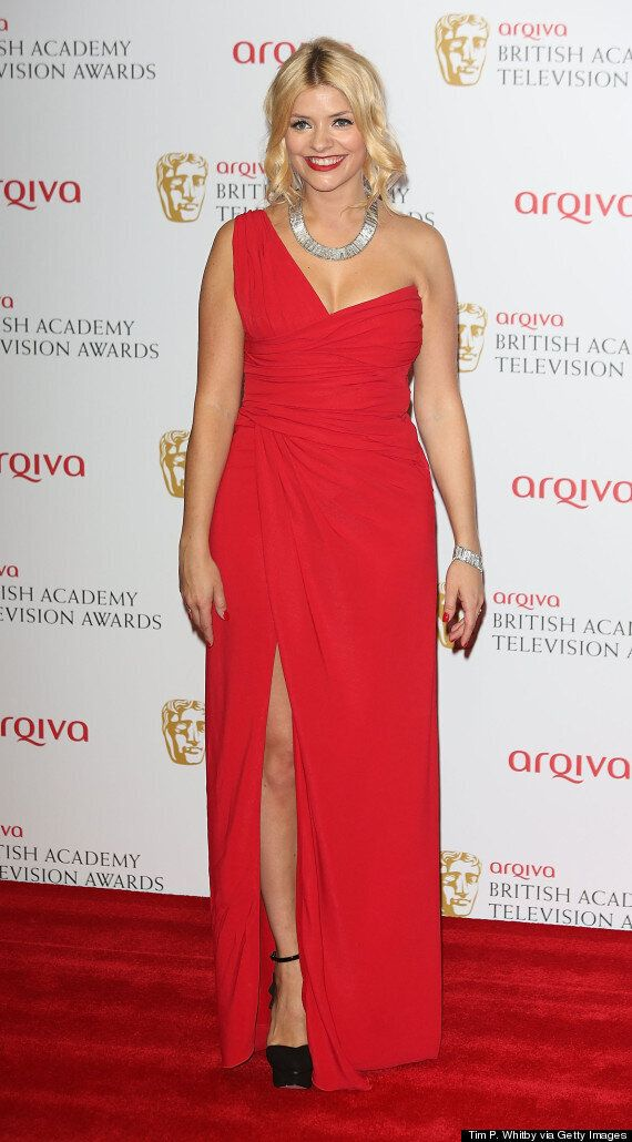 Holly Willoughby Pregnant: Star Says She'll Host 'This Morning' Until She Goes Into