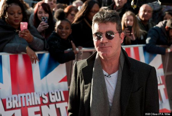 Simon Cowell: 'I'll Keep A Safe Distance At The Birth Of My Child.. And Won't Be Changing