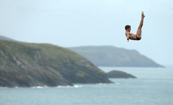 Red Bull Cliff Divers Practise Moves Before World Series In Wales