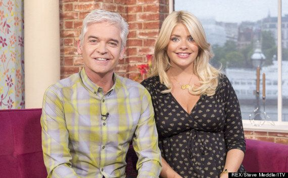 Holly Willoughby Pregnant: 'This Morning Star' Gives Phillip Schofield An Important Warning As New Presenters...