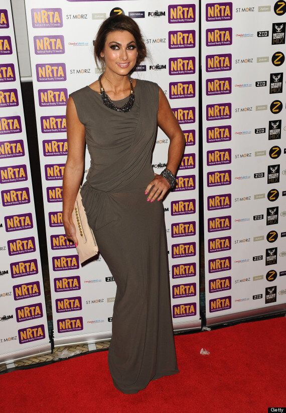 Luisa Zissman Covers Up In Floor Length Dress To Collect 'Best Female Personality' Gong At National Reality...