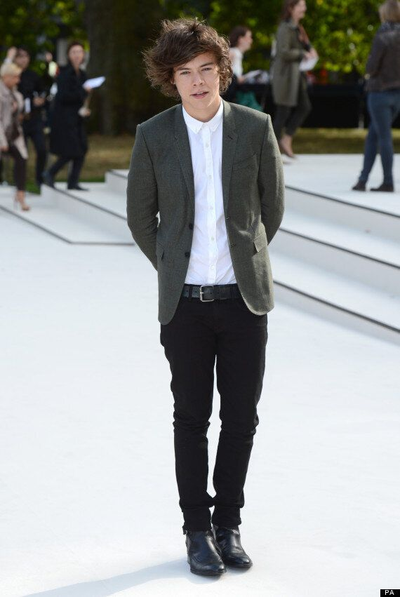 Harry Styles Arrives At Burberry's London Fashion Week Show.. Exactly Like The Last Times