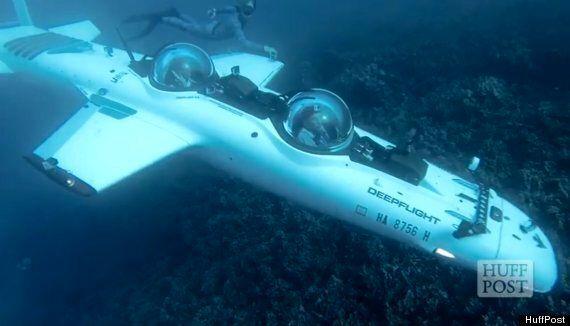 DeepFlight Super Falcon Submarine 'Flies' Beneath The