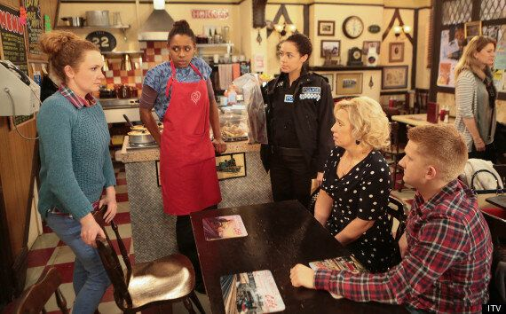 'Coronation Street' Spoiler: When Will Missing Roy Return After Hayley's