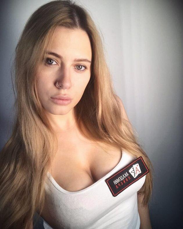 Ρωσία: Η «πιο σέξι» παίκτρια πόκερ βρέθηκε νεκρή στο σπίτι