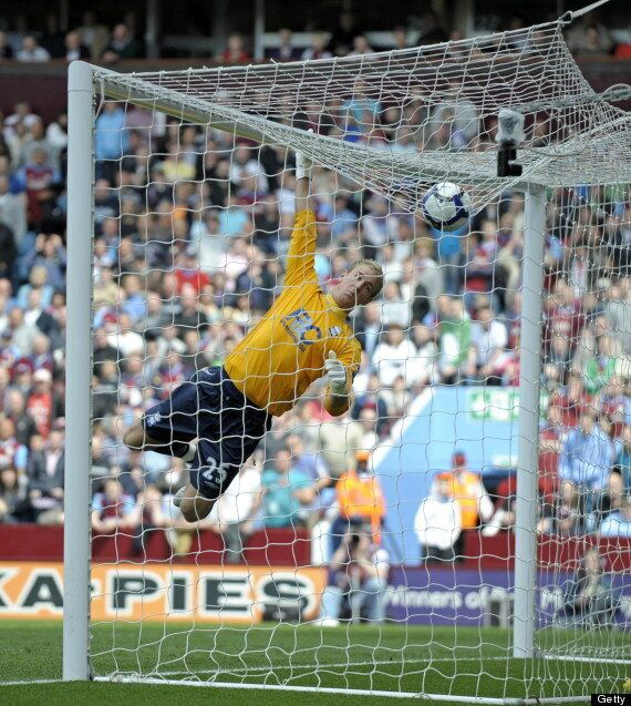 Joe Hart Must Be Dropped By Manchester City Coach Manuel