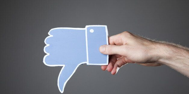 Social Media Makes Us Feel Jealous, Ugly And Lonely Say