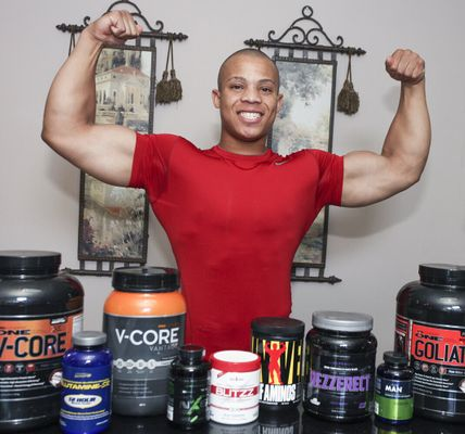 18 Year-Old Bodybuilder Consumes 5000 Calories A Day, Beats