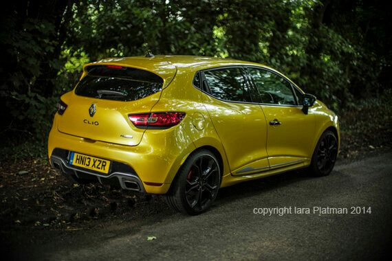 The Yellow Teapot and the Renault Clio RS 200
