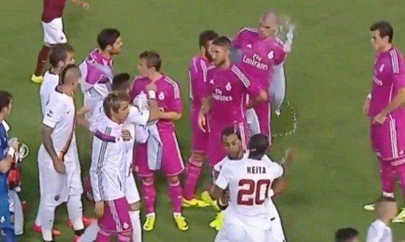 Pepe And Seydou Keita Kick-Off Row Before Roma V Real Madrid