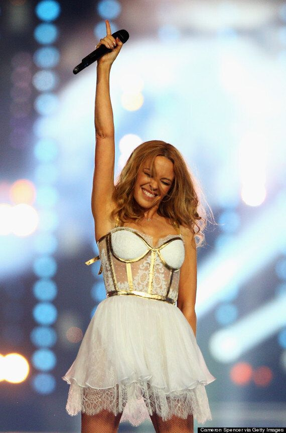 Lulu And Kylie Minogue Close Glasgow 2014 Commonwealth Games: Aussie Singer Stage Crashed By Athlete...
