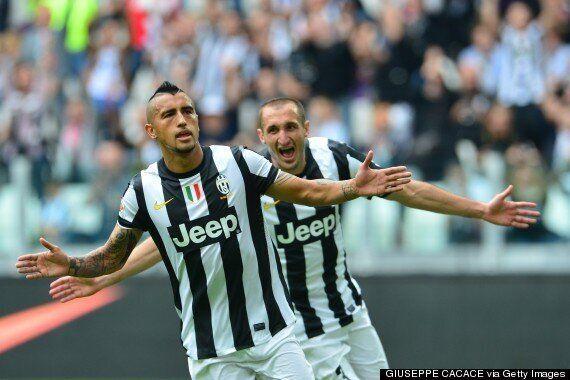 Arturo Vidal: Giorgio Chiellini 'Convinced' Juventus Midfielder Will Reject Manchester