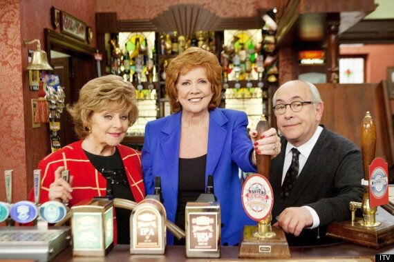 'Coronation Street' Spoiler: Cilla Black Arrives At The Rovers Return For Her 50th Anniversary Special