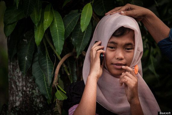 Indonesian Tsunami Victim Reunited With Family After 10