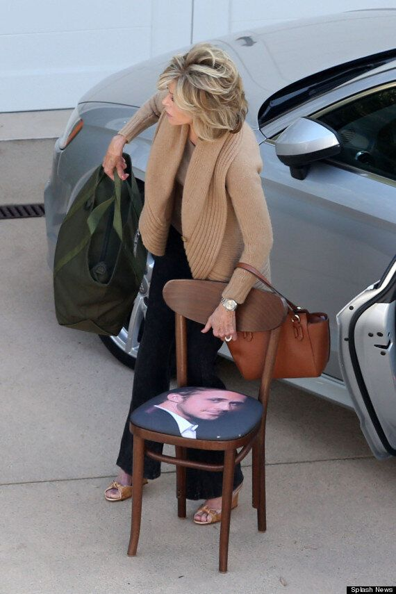 Jane Fonda Brings Ryan Gosling Chair To The Set Of 'Grace & Frankie'... Who Knew She Was Such A Fan?