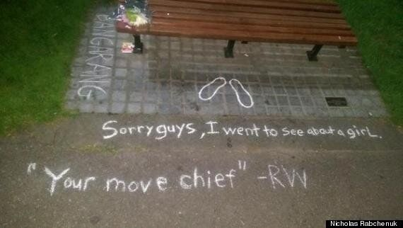 Robin Williams Dead: Good Will Hunting Fan Leaves Poignant Tribute At Boston Bench
