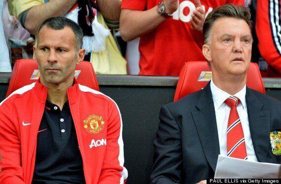 Manchester United 2-1 Valencia: Marouane Fellaini Masks Cracks On Louis Van Gaal's Old Trafford